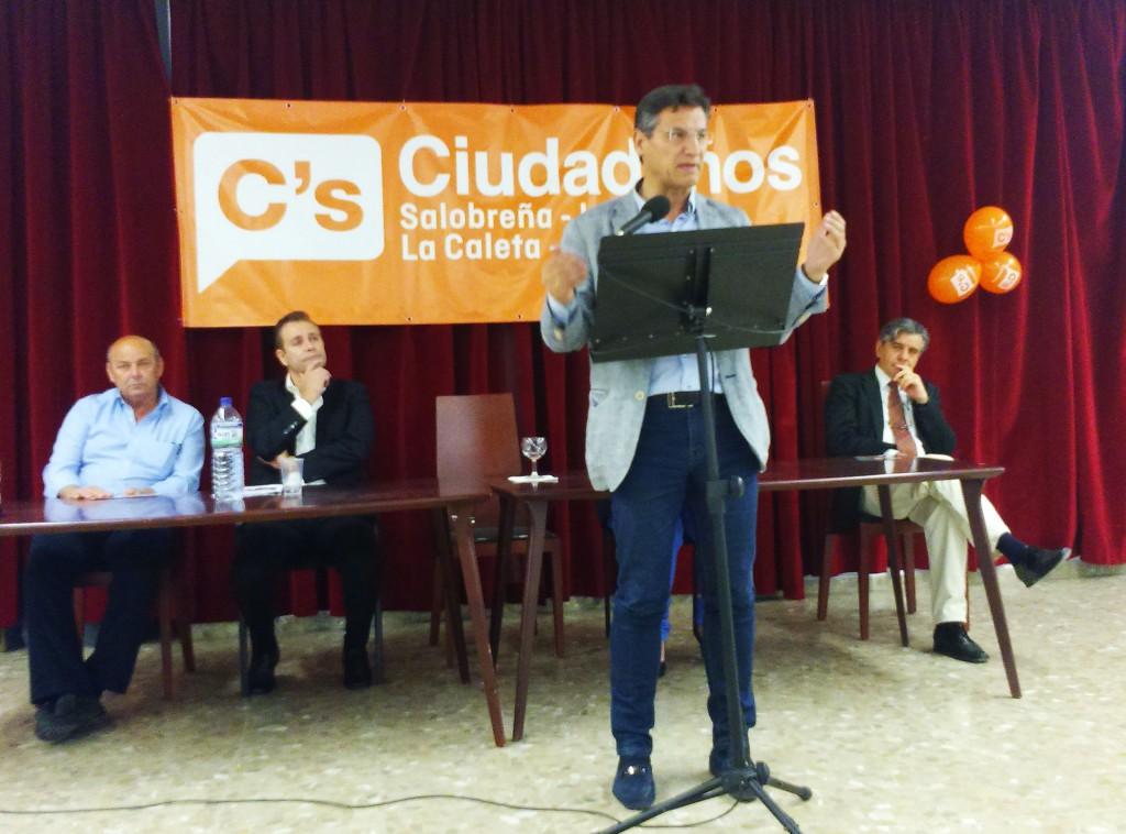 Luis Salvador, en la presentación de la candidatura de Ciudadanos Salobreña