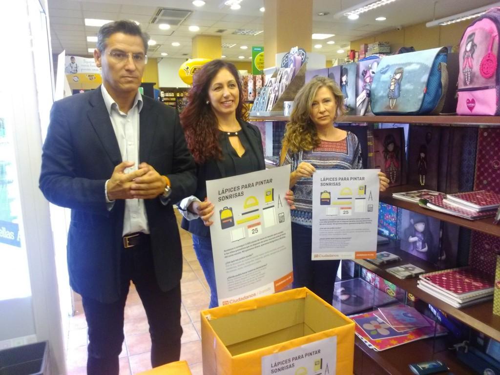 Luis Salvador, Silvia Torres y Mercedes Morales, en la presentación
