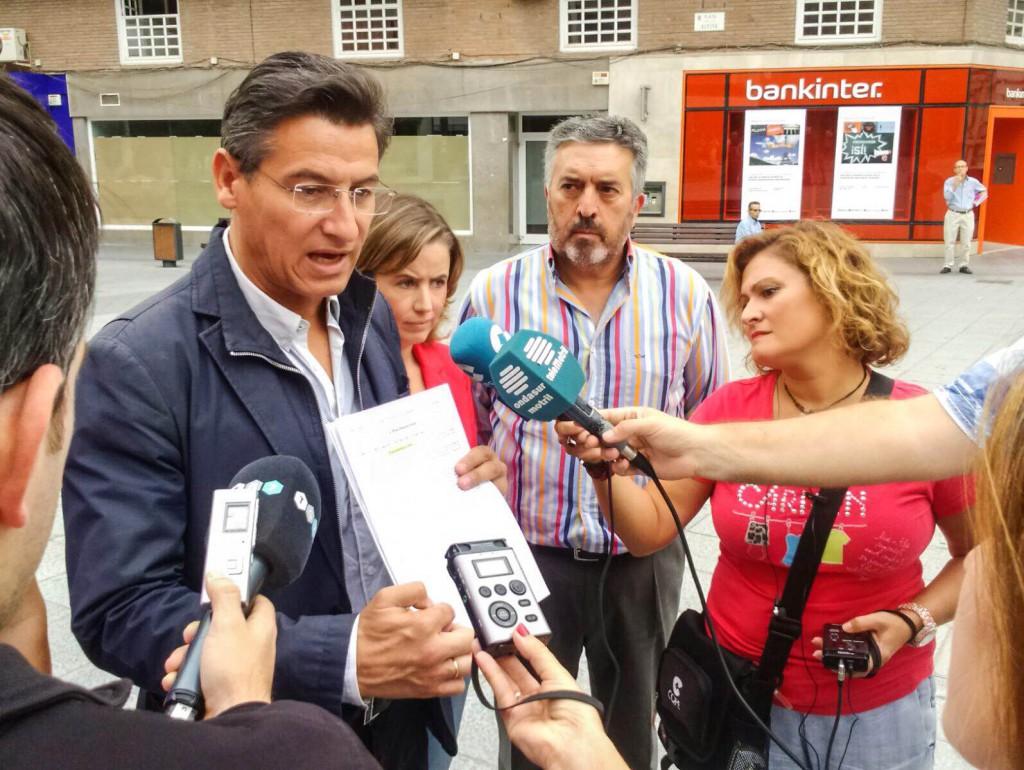 Rueda de prensa de Luis Salvador en Motril