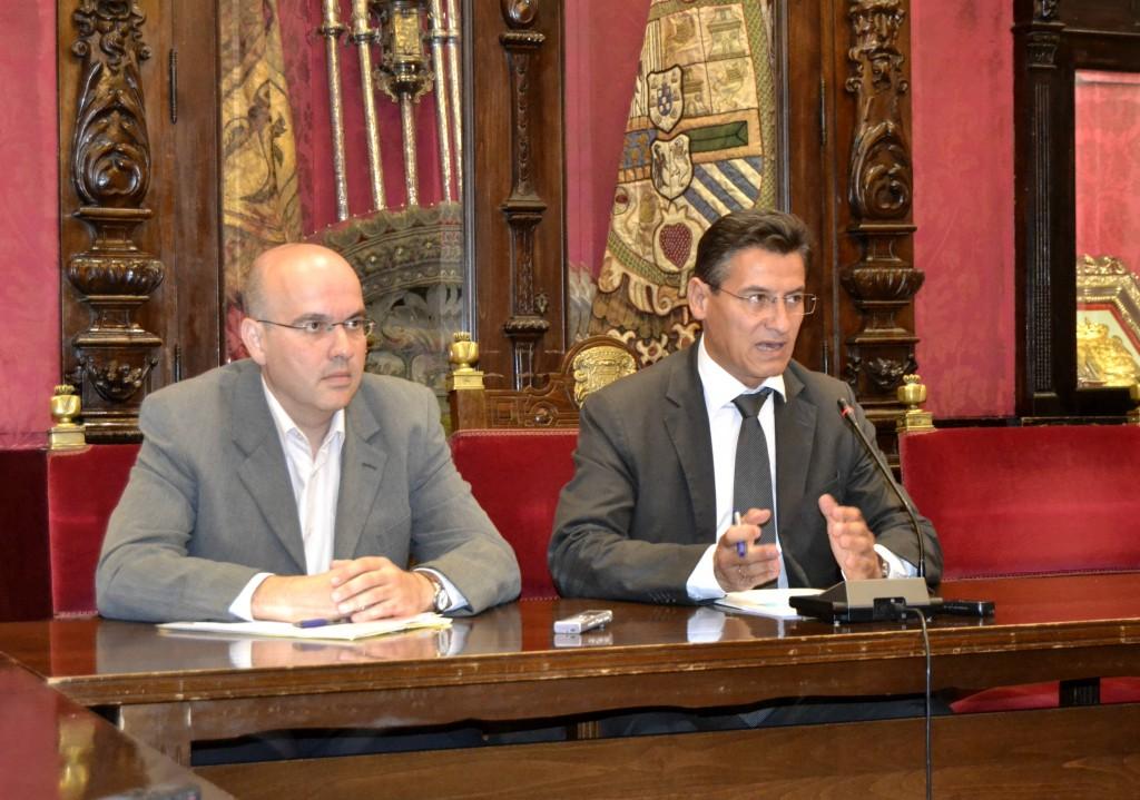 Raúl Fernández y Luis Salvador en la rueda de prensa sobre TG7