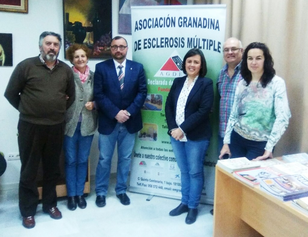 Ciudadanos Armilla, con la Asociación Granadina de Esclerosis Múltiple