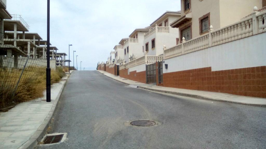 Urbanización de Otura donde se han ocupado viviendas