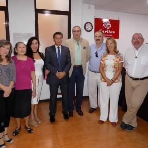 Ciudadanos entrega a Cáritas más de 4.800 piezas de material escolar para las familias granadinas más desfavorecidas