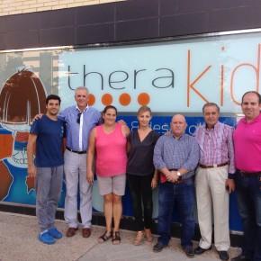 Las agrupaciones locales de C's Albolote y C's Atarfe recaudan tres meses de fisioterapia para Iker