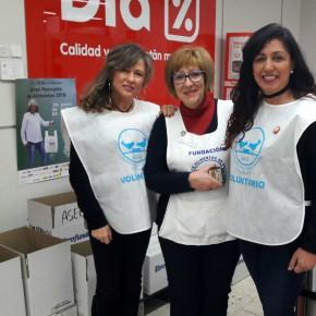 La red de voluntariado de Ciudadanos Granada, fiel a su compromiso social, colabora con la recogida de productos para el Banco de Alimentos