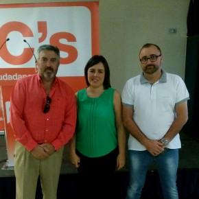 Ciudadanos Armilla promueve una iniciativa para garantizar la accesibilidad en comunicación de las personas con discapacidad auditiva