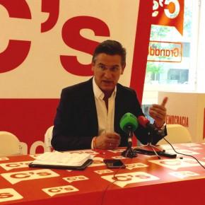 """Luis Salvador: """"El PP no nos va a marcar la necesidad o no de propiciar una moción de censura al alcalde solo porque lo necesite para su congreso provincial"""""""