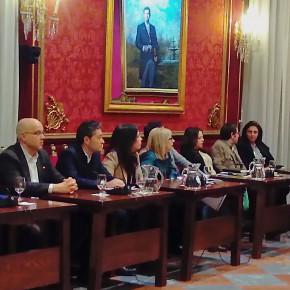 """Manuel Olivares: """"PSOE y PP son incapaces desde el gobierno de adoptar medidas que eviten la subida de impuestos"""""""