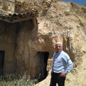 """José Antonio Funes: """"Es necesario actualizar la normativa urbanística para que las cuevas sean reconocidas como un tipo de alojamiento reglado"""""""