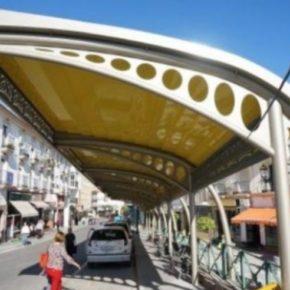 Ciudadanos Almuñécar-La Herradura reclama un techo en la parada de taxis de la estación de autobuses
