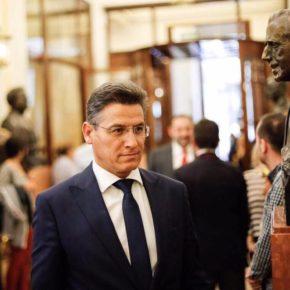 Luis Salvador pide explicaciones al Gobierno sobre sus planes para mejorar la formación de los recursos humanos y dotar de más medios materiales al Seprona en Granada