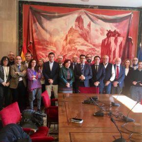 """Luis Salvador pide al Gobierno que ponga """"todos los recursos que sean necesarios"""" para que el AVE pueda ser ya una realidad en la provincia de Granada"""