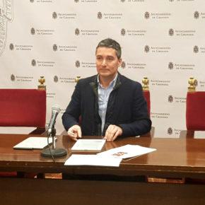 """Manuel Olivares: """"La mala gestión del PSOE del transporte urbano hace que hoy los granadinos tengamos que pagar dos millones de euros más por un peor servicio"""""""