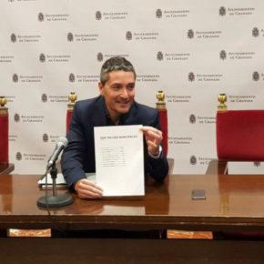 Manuel Olivares exige al equipo de gobierno que mejore la gestión reduciendo gastos en lugar de continuar vendiendo el patrimonio de los granadinos