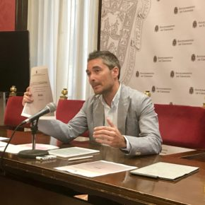 Manuel Olivares alerta de que el alcalde podría vulnerar la normativa institucional al no presentar el expediente sobre el Plan de Movilidad