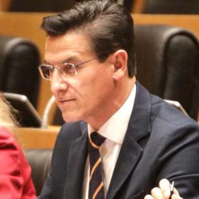 Luis Salvador demanda información al Gobierno sobre los delitos relacionados con el tráfico y el consumo de drogas en Granada