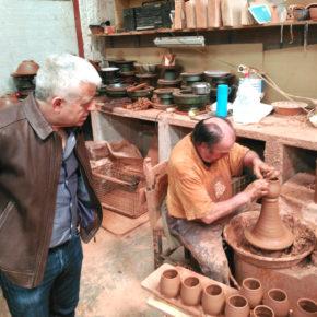 José Antonio Funes apuesta por el desarrollo de nuevas empresas artesanas que permitan potenciar la exportación internacional de productos tradicionales granadinos