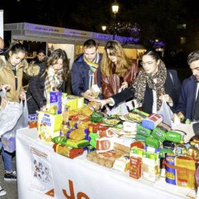 Jóvenes Ciudadanos organiza su tradicional recogida solidaria de alimentos y juguetes a favor de Cruz Roja Juventud y Banco de Alimentos