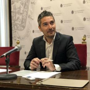 """Manuel Olivares exige un pleno extraordinario del Consejo Social para abordar la """"crisis social"""" creada por el alcalde"""
