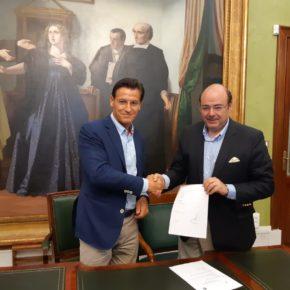 Ciudadanos y PP suscriben el acuerdo de gobierno para el Ayuntamiento de Granada