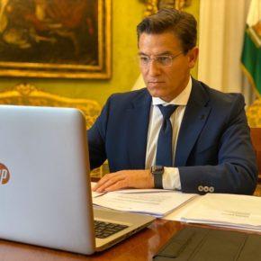 Luis Salvador insiste al Gobierno en la necesidad de que los ayuntamientos sin remanentes ni superávit puedan disponer también de recursos económicos