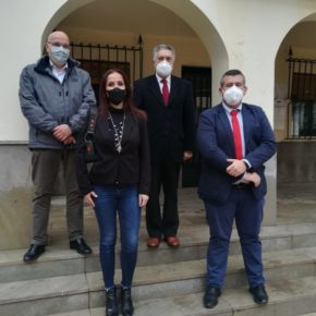 Representantes de Ciudadanos en el Parlamento y Diputación visitan Peligros para abordar las demandas del municipio